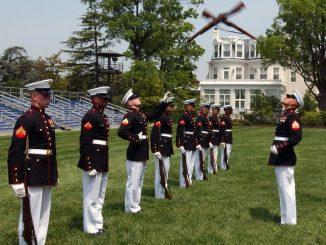 marines drill